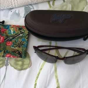 Accessories - Maui Jim sunglasses with case and pouch